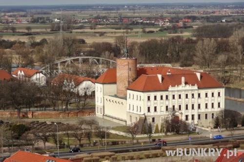 panorama Głogowa - zamek i wieża artyleryjska